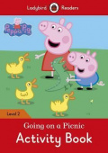 Ladybird: Peppa Pig: Going on a Picnic Activity Book